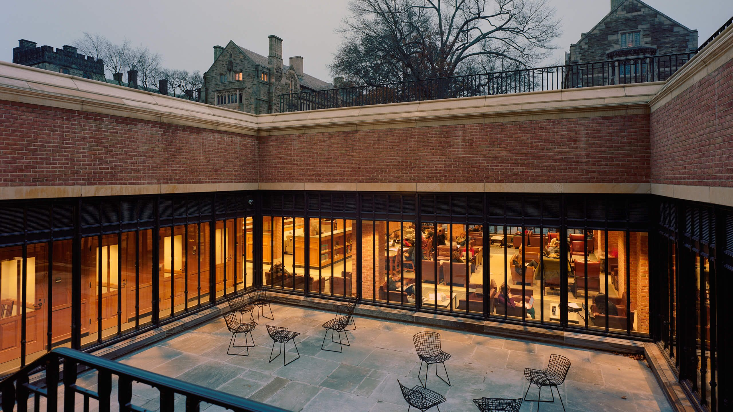 Crittall Yale 01